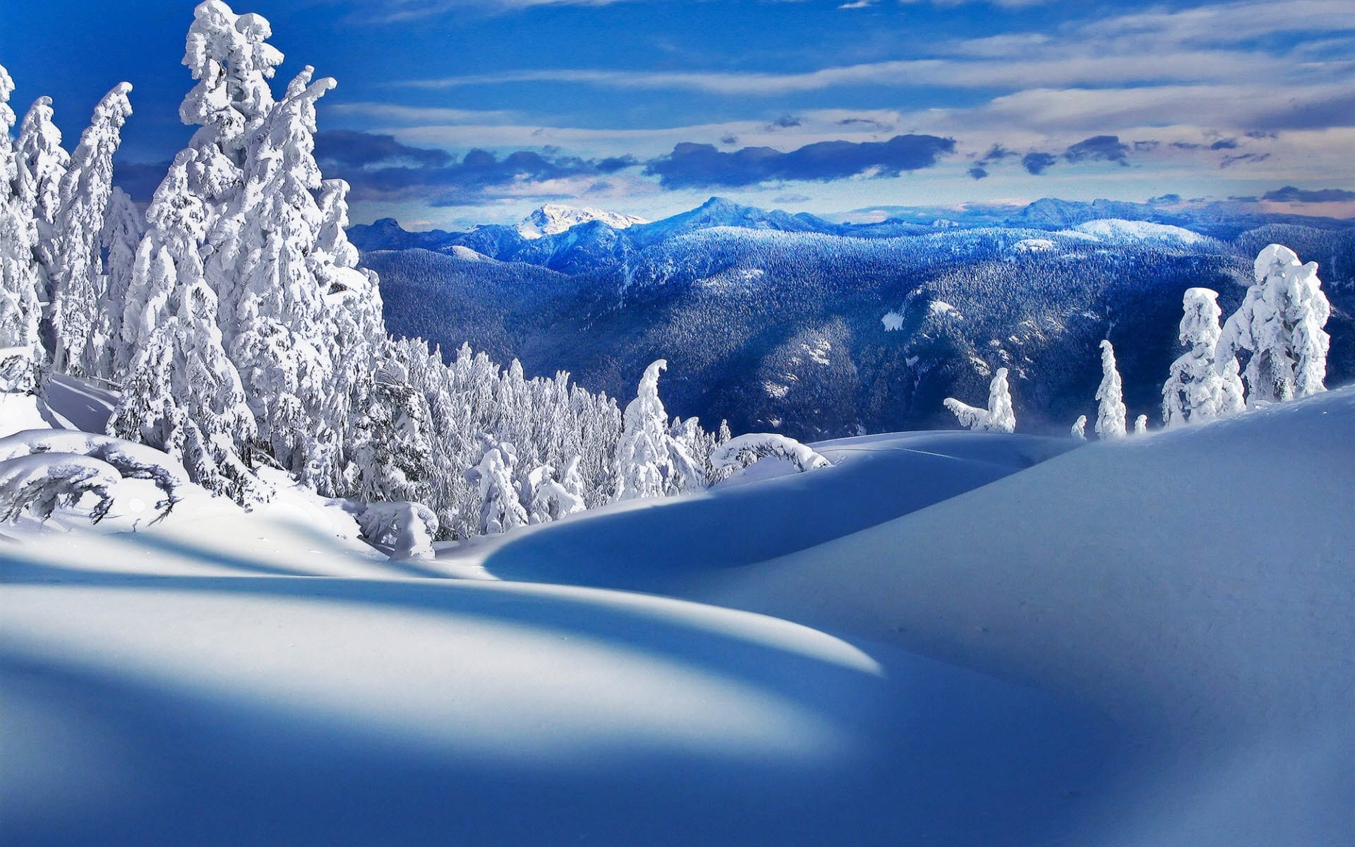 Snowy Background With Mountain: $300 Off Flights From Australia To Canada