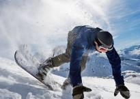 pg-12-ski-insurance-alamy