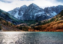 water_mountains_landscapes_nature_snow_trees_forests_Colorado_lakes_HDR_photography_brightness_Maroon_Bells_2560x1440