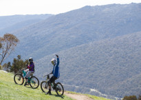 thumbs-up-for-opening-day-of-thredbo-mountain-bike-park