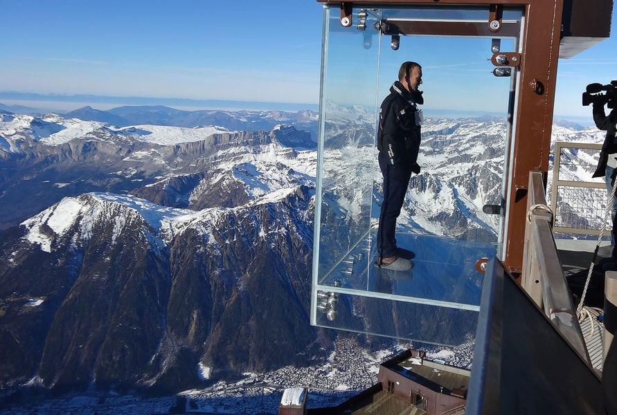 Aiguille Du Midi Le Pas Dans Le Vide 156953-aiguille-du-midi-pas-vide-ot - snowsbest